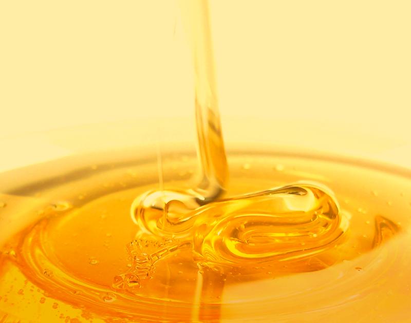 心までとろけるような蜂蜜の潤いにこだわり、肌と髪が求める実感を追求しました。1つ1つの機能性を重視したスペシャルなスキンケアシリーズです。弱酸性/アルコールフリー/鉱物油フリー/無着色※製品によって異なる場合があります。